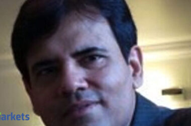 russia vaccine: It is ridiculous to build DRL earnings expectations based on Russia vaccine tieup: Sandip Sabharwal